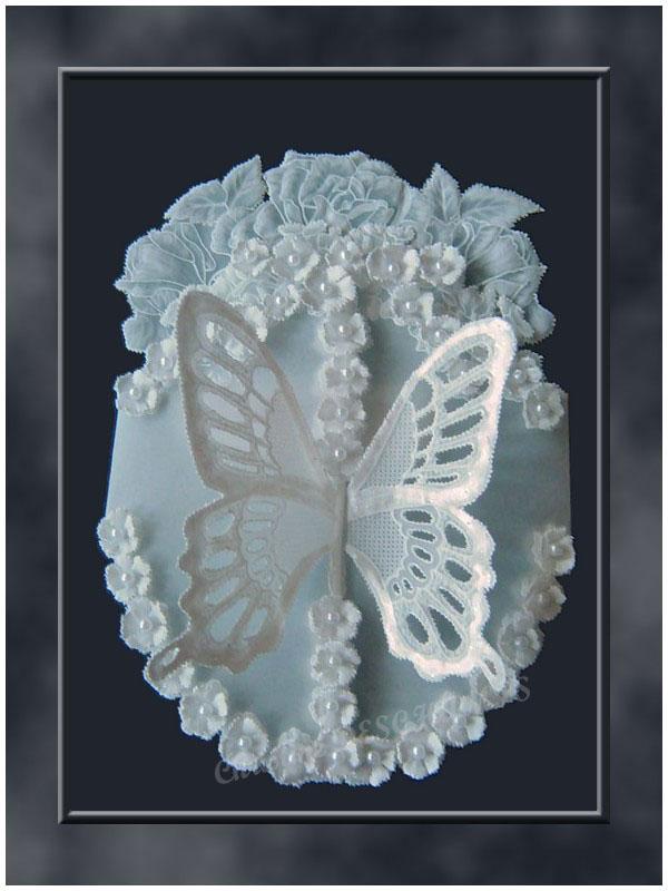 carte fleurs et papillon en 3D